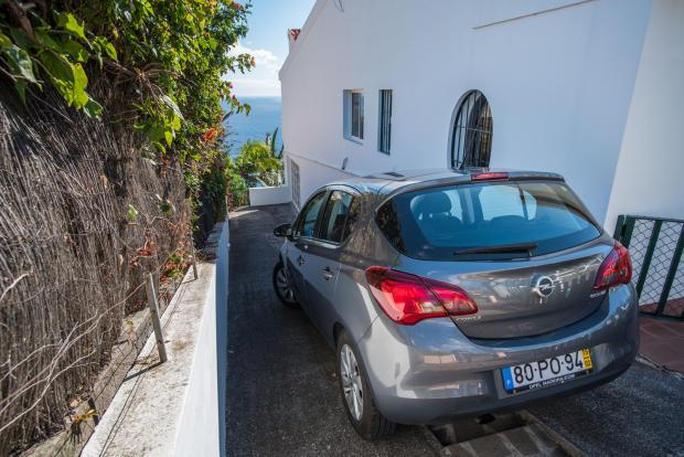 Parking driveway Villa Aquarela Madeira Portugal