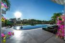 Swimming pool stone Villa Sara Quinta do Lago Algarve