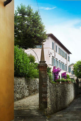 Entrance Villa La Quercia Lucca Tuscany