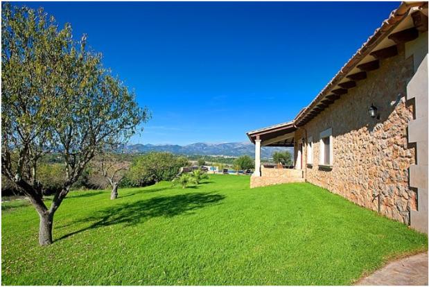 Garden view Finca Son Romani Mallorca