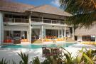 Swimming pool facade ocean Villa Sunrise at Soneva Fushi Maldives