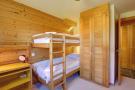 Children's bedroom with bunk beds at Chalet Lievre in Verbier