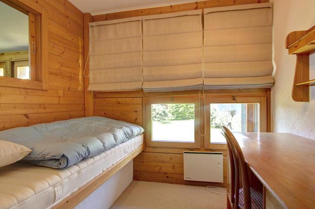 Guest bedroom at Chalet Lievre in Verbier