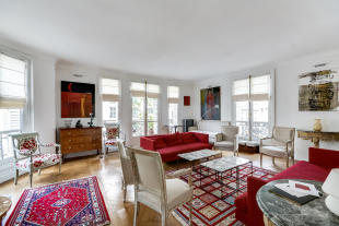 3 bed Apartment for sale in 8th arrondissement...