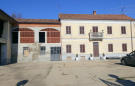 5 bedroom Farm House for sale in Isola d`Asti, Asti...