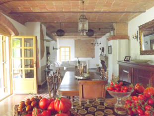 Country House for sale in Costigliole d`Asti, Asti...