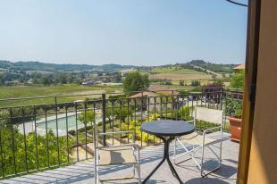 4 bedroom Detached house for sale in Vignale Monferrato...