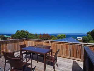 2 bed Cottage in 20 Oyster Bay Court...