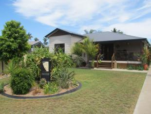 4 bed house for sale in 2 Peters Place...