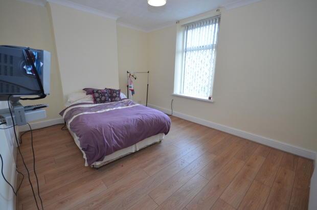 1ST DOUBLE BEDROO...