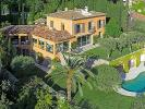 5 bed property in Californie, France