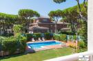 5 bedroom house in Castelldefels, Spain