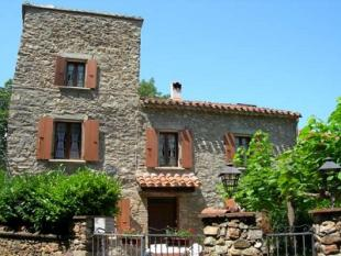 6 bed Farm House in Ceret, France