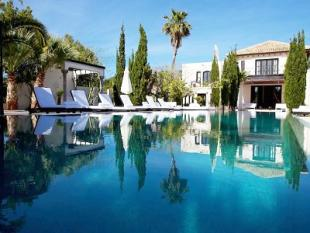 Villa for sale in Cala Jondal...