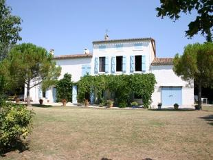 11 bedroom Gite for sale in Carcassonne, France