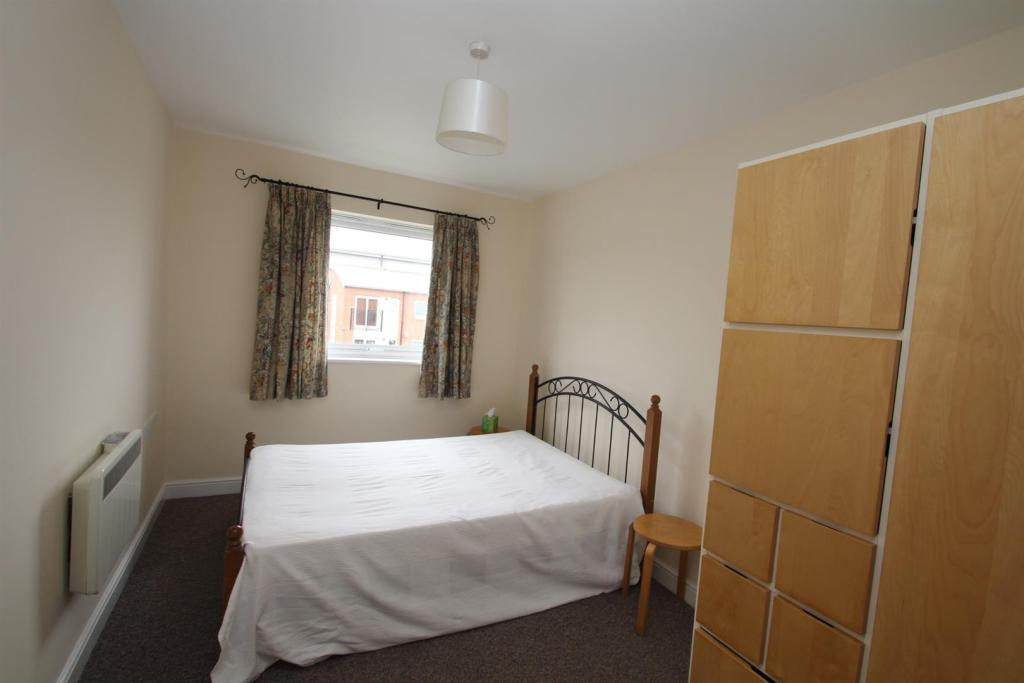 Flat 42 1001 Chester