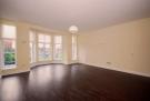 3 bed Flat in Woodfield Road...