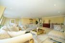 2 bed Flat in Piccadilly, Mayfair, W1J