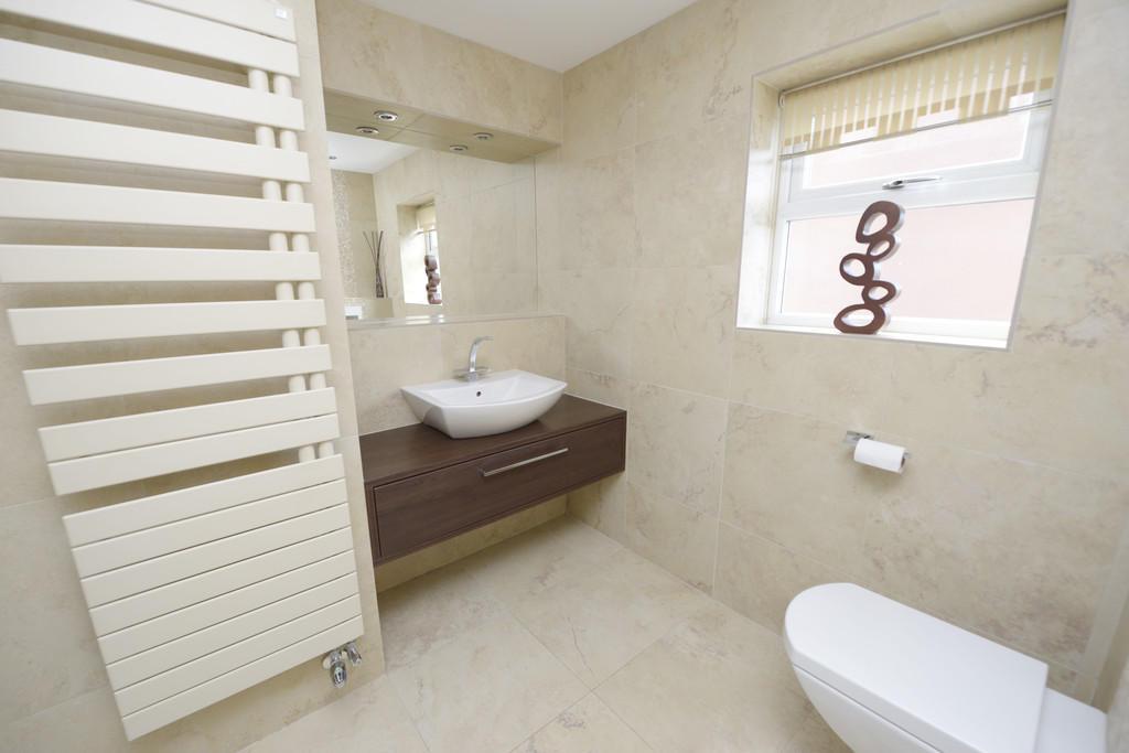 En Suite Bed1