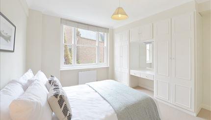 Flat 12 Bedroom.jpg