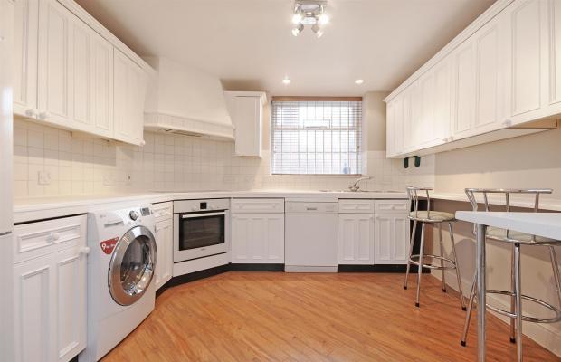 1 HHFJ kitchen .jpg