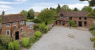 Detached home in 3 Bedroom Oast House...