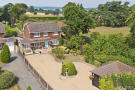 Detached property in Leybourne, West Malling...