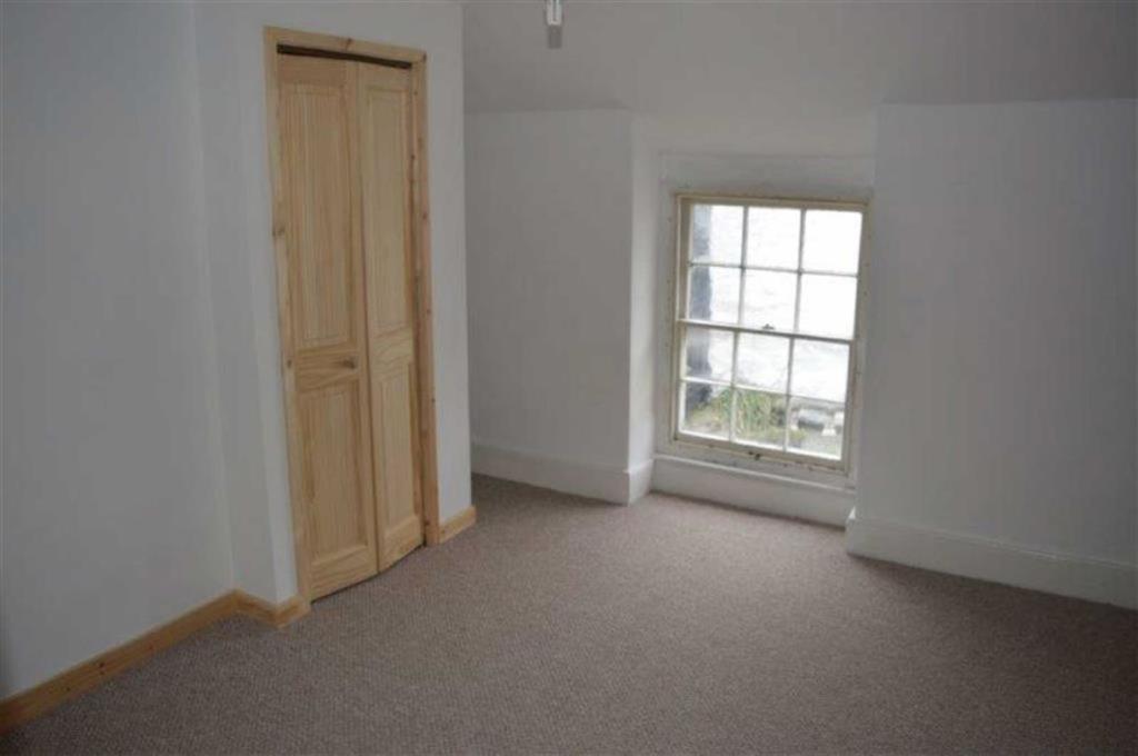 Bedroom 1 (plus smal