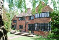 6 bed Detached home for sale in Robin Hill Drive...