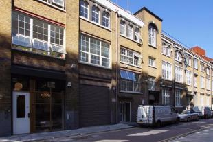 property to rent in 25 Corsham Street, London, N1