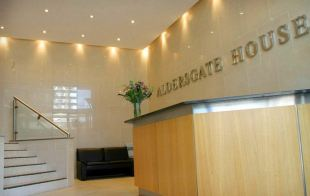 property to rent in Aldersgate House,