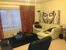 Apartment to rent in Boulevard Drive, London...