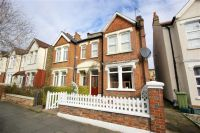 2 bedroom Flat in Hereford Road, London