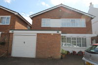 4 bed Detached home in Elstree Road...