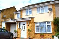 4 bedroom semi detached property in Coleridge Close...