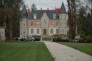 Burgundy Castle for sale