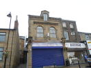 Flat to rent in Low Lane, Birstall...