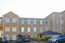 Flat to rent in Royal Drive Friern...