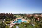 2 bedroom Ground Flat for sale in Estepona, Malaga, Spain