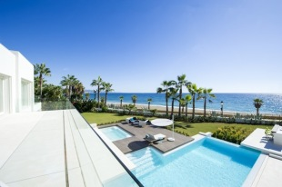 7 bedroom new development for sale in Andalusia, M�laga...