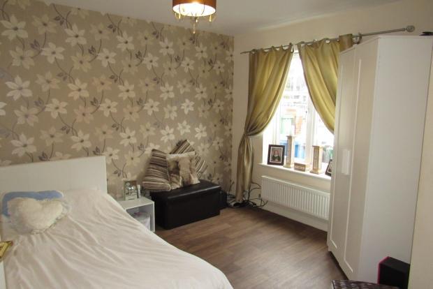 Ground floor, double bedroom/reception room