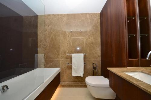 667_bath.jpg