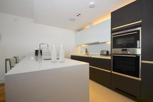 667_kitchen.jpg