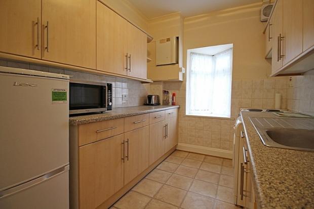 907_kitchen.JPG