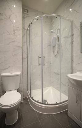 849_shower.jpg