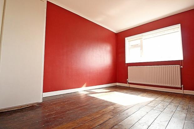 857_bedroom.JPG