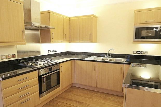 861_Kitchen.jpg