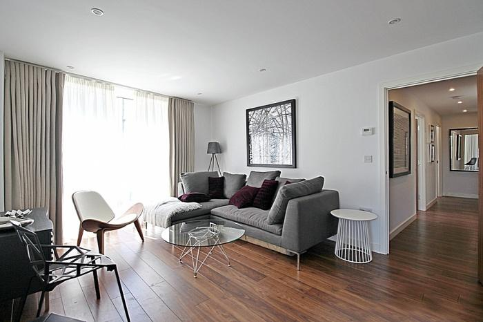 880_lounge.jpg