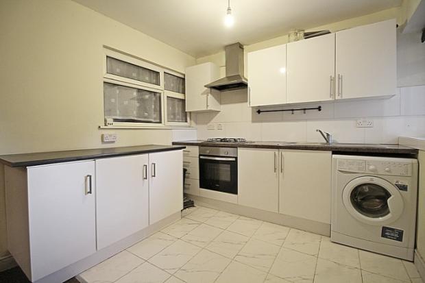899_kitchen.JPG