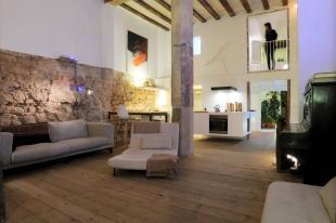 3 bedroom Ground Flat for sale in Barcelona, Barcelona...
